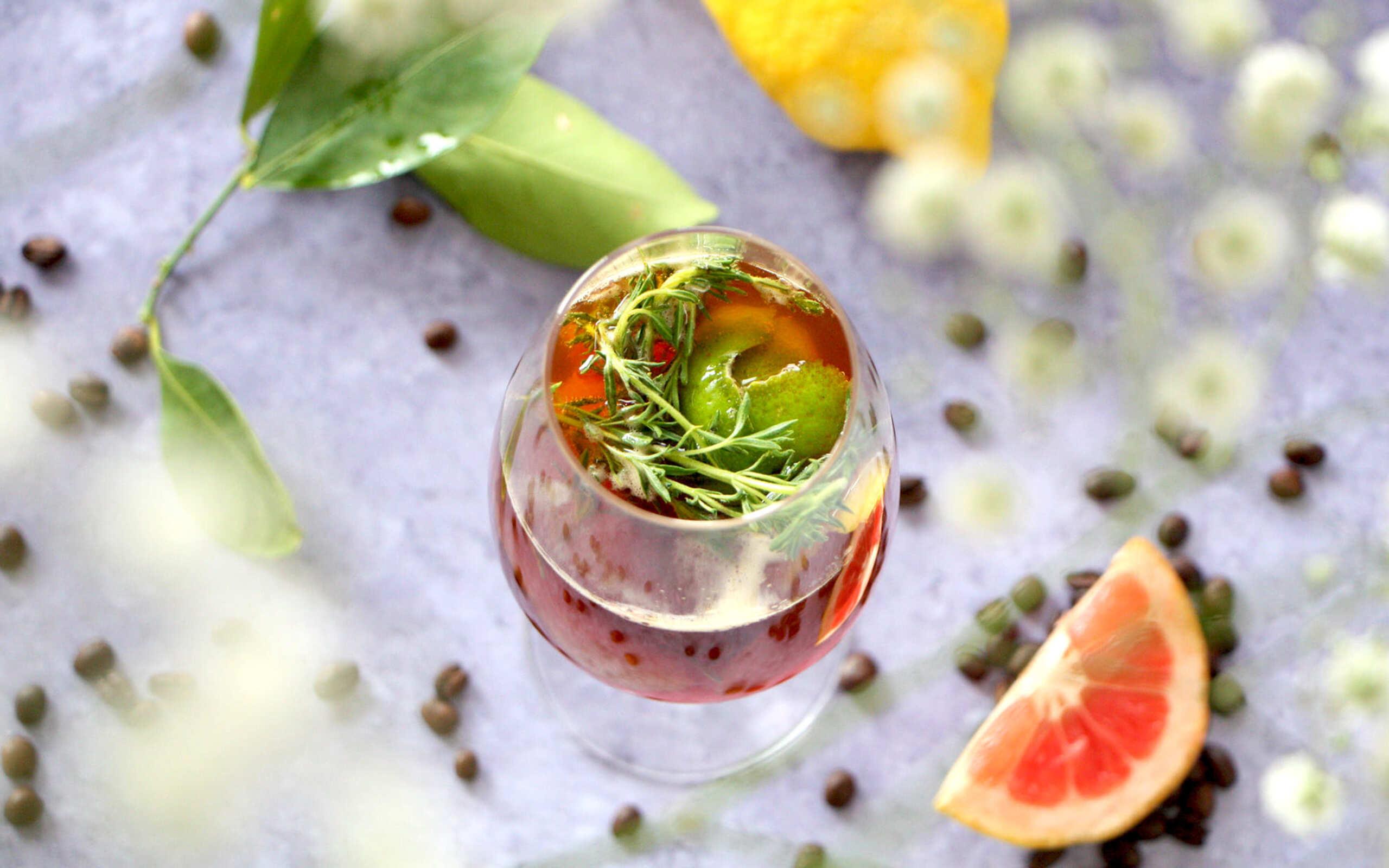 Cocktail tonic au café